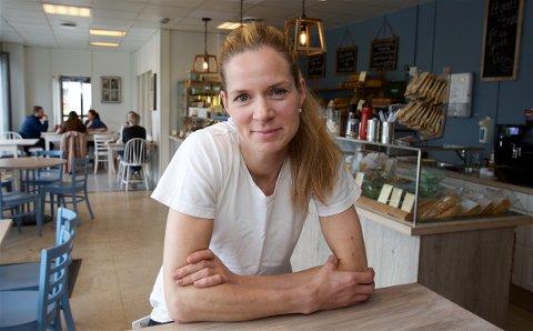 Silje Hansen etablerte sitt eget bakeri da arbeidsplassen hennes ble lagt ned i 2010. Det har gått over all forventning. Foto: Ola Solvang