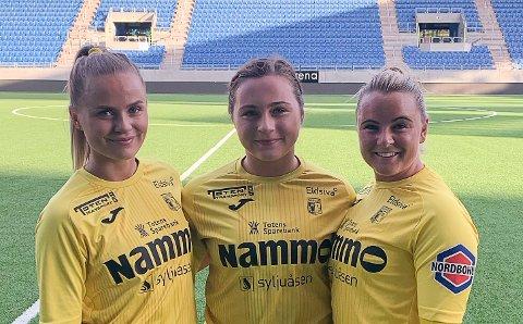 Raufoss' målscorere i 3-0-seieren over Vålerenga 2 på Intility stadion; fra venstre Mia Schjerve Giæver, Sofia Berntsen og Kaja Bjørkvold.