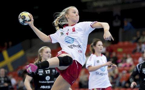 TIL DANMARK: Mari Finstad Bergum og Larvik HK møter Viborg i kvartfinalen i EHF-cupen.