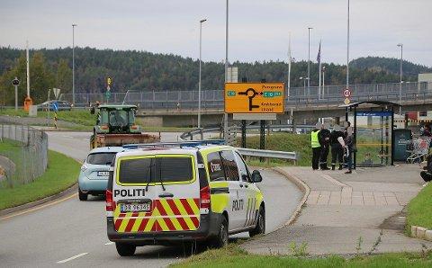 AVHØRTE VITNER: Politiet avhørte vitner til hendelsen på Brotorvet.