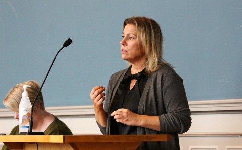MOT RÅD: Janicke Andreassen (Ap) kjemper for munnbind.
