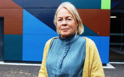 TILBAKEVISER: – Jeg er skikkelig lei meg over at varaordfører Torstein Dahl går ut offentlig med udokumenterte påstander om narkotikabruk i miljøet rundt den nye ungdomsskolen på Grasmyr. Foreldre er blitt veldig redde, sier sosiallærer Tone Lyngmo ved Bamble ungdomsskole.