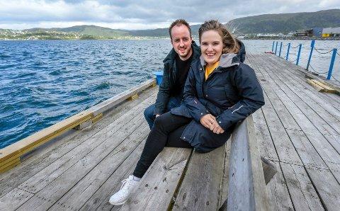 Andreas Lie og Cicilie Dahl Løkås kjøpte husbåt på flytebrygge og satser på utleie av husbåter.