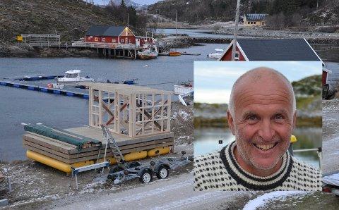 Gunnar Markussens flytende badstu tar form. I april skal den etter planen sjøsettes.