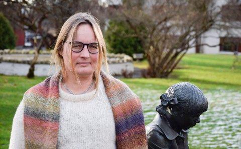 SKAPER ENGASJEMENT PÅ NETT: Kommuneoverlege Karin Møller.