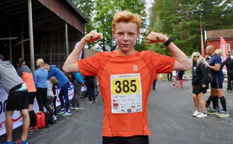 Iver Brekke Bruksås fra Sætre var helt suveren på femkilometeren og var kanskje den løperen som imponerte mest under Røykenmila-arrangementet søndag.