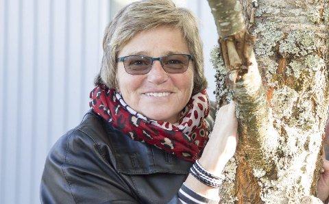 – BLI MED: Åshild Leite håper flere vil bidra til at Hurum og Røyken Demensforening blir en bedre støttespiller for de som har, eller er pårørende til personer med demenssykdom. – Mange trenger oss, og derfor trenger vi deg, sier hun.