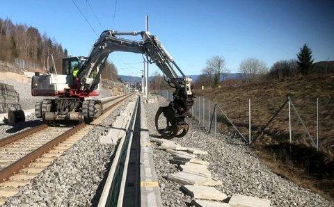 STENGT: Det skal utføres arbeid på sporet. Det kan kun gjøres når det ikke er trafikk der.