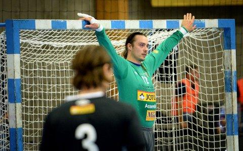 STENGT: Keeper Joachim Søholm Christensen stengte lenge buret mot Bodø. Så måtte han ut med rødt kort.