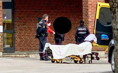 LEGESJEKK: Det ble tatt blodprøver av sjåføren.