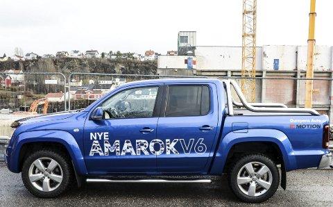 MYE Muskler: Nye Volkswagen Amarok med en brummende V6-motor under panseret kommer fram uansett føreforhold.foto: Fredrik strøm