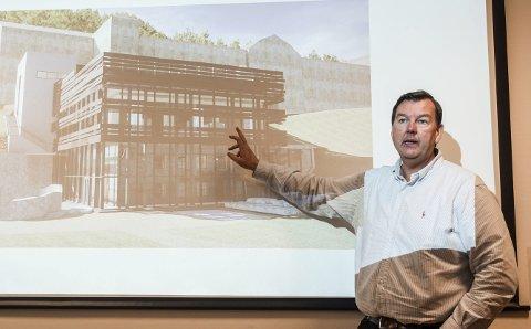 Full pott: Direktør Runar Lia har hanket inn ytterligere 5 millioner til praktbygget på Vemork.