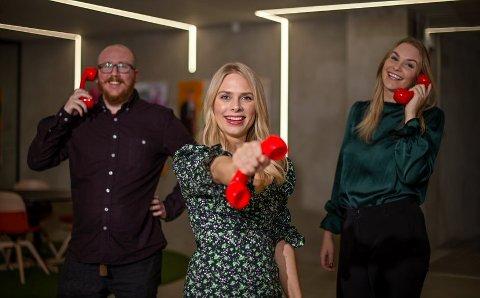 Trekningsredaktørene Steinar Bjørnsson (f.v), Line Toller og Pie Skagsoset Norseng ringer gjerne deg kommende helg.