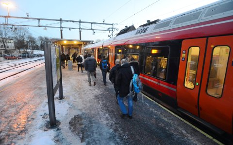 FEIL OG UFORUTSETTE HENDELSER: Når togene blir forsinket, er det i over åtte av ti tilfeller aldri NSB sin skyld. Akutte tekniske feil på spor og signanlegget er like ofte årsaker som blant annet uvær, dyr og mennesker i sporet.