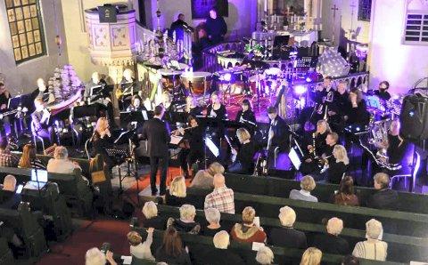 Nyttårskonsert: Kommende søndag er Tvedestrand musikkorps klare for å spille inn det nye året i Tvedestrand kirke.
