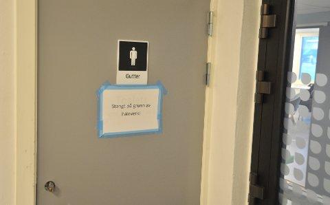 HERPET:Guttetoalettet i den såkalte glasshallen på Bjertnes har vært stengt siden mandag.