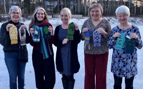 Dette er juryen (f.v): Anne Lindebjerg, Kathrine Frey Frøslie fra Statistrikk, kommunalsjef kultur, næring og idrett Ellen Knutsen og Sølvi Holmgren og Trine Parmer som i likhet med Lindebjerg er fra Nesodden husflidslag. Alle som har levert inn bidrag invitert.