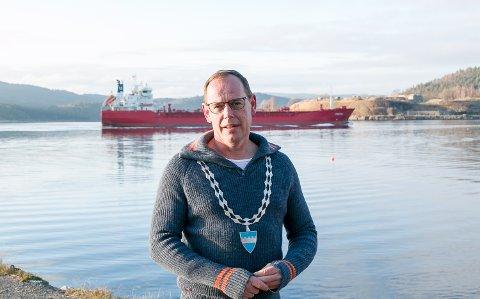 Ordfører Hans Kristian Raanaas kan nå glede seg over lettelser i Frogn.