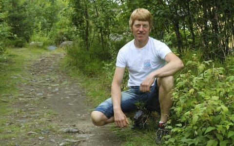 SNILL LØYPE: I hvert fall sammenliknet med Risørløpet, sier Knut Jørgen Hope, som er leder i Hope Idrettslag. Han håper på nærmere hundre deltakere tirsdag ettermiddag.