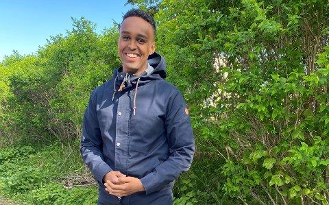 """NY PROGRAMLEDER: Ahmed Osman fra Lambertseter er ny programleder i Viaplay-serien """"Luksusfellen""""."""