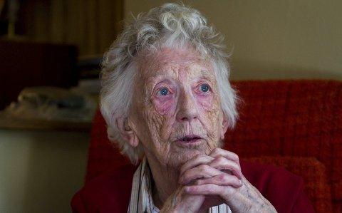 KRIGSHELT: Fyrst etter mange år fekk Ingeborg Skagenes sin medalje for innsatsen under krigen.