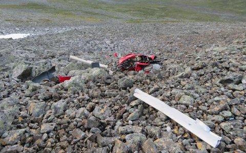 Gyrokopteret styrtet i ei steinur.