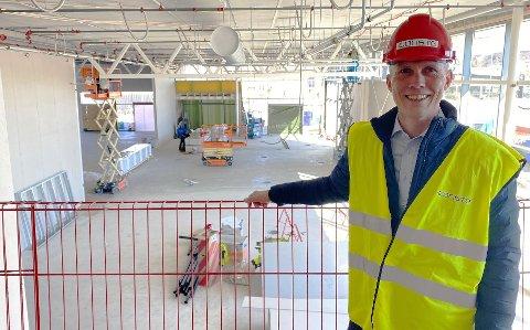 Fornøyd:  – Dette blir et moderne og eksklusivt BMW-bygg, sier daglig leder Mats Steensen.