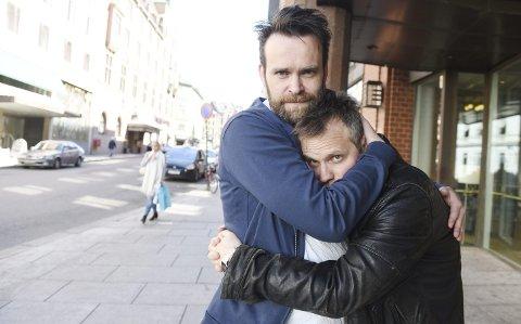 Vidar Magnussen og Lars Bleiklie Devik lager «The book of mormon» i Det Norske Teatret.