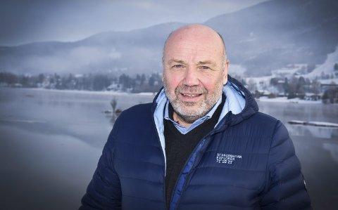 SVARER: Konserndirektør i Ringeriks-Kraft, Ole Sunnset.