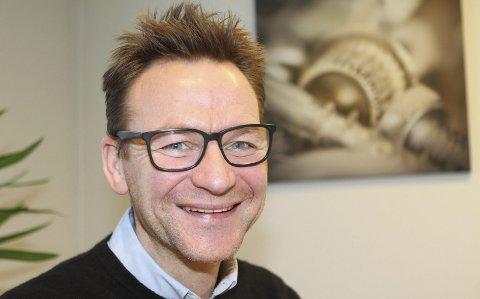 REKRUTTERER: Espen Horsrud skal hjelpe Mjøndalen fotball med å finne Kenneth Karlsen sin etterfølger.