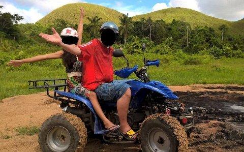 Kassereren skal ha tømt kassa på Stabburet og rømt til Filippinene. Her fra et bilde mannen selv publiserte på sin Facebook-side like etter at saken ble kjent.