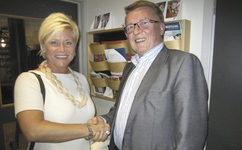 Eivind Norman Borge var lenge en av Frps mest profilerte ordførere. Han meldte seg ut av partiet i fjor og ønsker en annen kurs. Her er partileder Siv Jensen på Hvaler-besøk. Arkivfoto: Tore Tindlund