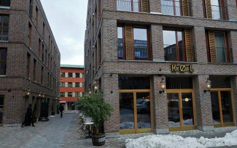 Eksempel til etterfølgelse: Når bymiljøer får åpninger og passasjer , som her ved Nygaardsplassen, kan det være aktuelt å tillate en etasje mer, mener planleggerne som nå har lagt frem et nytt forslag til arealplan. . (Foto: Øivind Lågbu)