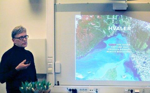 Hans Gude Gudesen (70) fått store penger til en satsing på karbonfangst. Bildet er fra Hvalerkonferansen i januar 2017, hvor han fortalte om hans nye forskning på sjøpunger i havet.