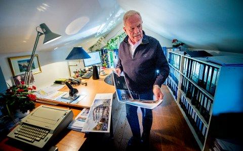 Arild Aaserud har vært med i næringslivet lenger enn de fleste. Mye har forandret seg med tiden, men hjemmekontoret er det samme.