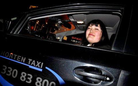 BLE ADVART: Madeleine Kims far advarte datteren mot fulle passasjerer. I Horten er de sjelden et problem.