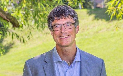TREFFER NÆRINGSLIVET: Klimaekspert, politiker og psykolog Per Espen Stoknes skal lede onsdagens klimamøte i Horten.