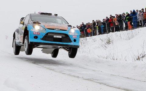 KJØRER: Mads Østberg skal kjøre Rally Sweden i februar.