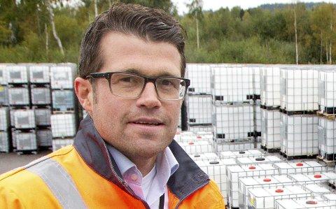ADVARER POLITIKERNE: 7Sterke-leder Erik Platek advarer på vegne av lokale industribedrifter lokalpolitikerne mot å vedta skjerping av                                                     eiendomsskatten lokalt. – Det er helt feil signal å sende dersom man vil ha flere innbyggere og etablering av ny næringsvirksomhet, sier Platek, som er direktør ved Schütz Nordic.FOTO: OLE-JOHNNY MYRHVOLD