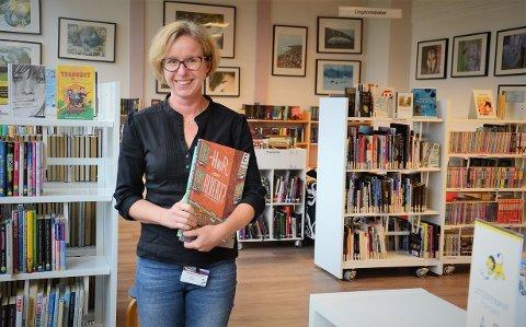 Malin Jonsson har stått på for et meråpent bibliotek i Åsnes. Nå blir det snart en realitet, men Malin går til ny jobb hjemme i Sverige.
