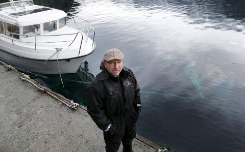 TATT AV STORMANE: Geir Arne Eikemo har mista tre båtar under ulike stormar i Åkrafjorden sidan 1996.  Arkivfoto: Alf-Robert Sommerbakk