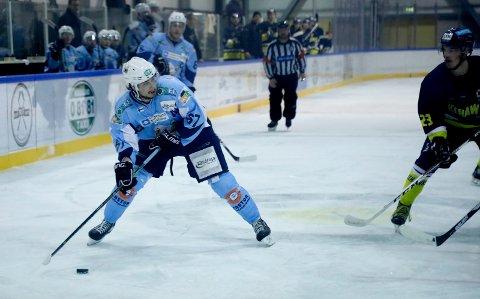 I SKUDDET: Haugesund Seagulls, her ved spillende trener Markus Kankaraanta, sesongåpner i helga.