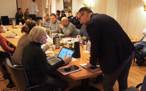 UTÅLMODIG: Ordfører Jarle Nilsen har bedt rådmannen om å intensivere arbeidet med å få på plass ny skole på Åkra.