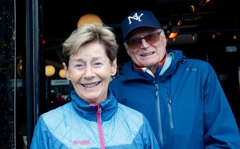 FASTE TILSKUERE: Gerd Marie Kristensen og Jan Kristensen.