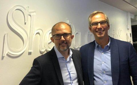 Avtale: Sigbjørn Høgne fra Rømskog (t.v.) leder Sherpa Consulting AS, som nå er solgt til Atea Norge, her representert ved adm. dir. Michael Jacobs.