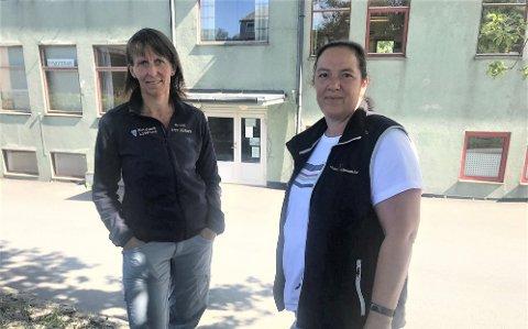 FRISKLIVSENTRAL: Fysioterapeutene Kari Mentzoni (t.v.) og Nicole Welling i Frisklivssentralen i Alstahaug. Her avbildet ved en tidligere anledning.