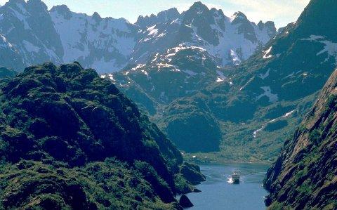 Vakker natur og filmsett: The Guardian lovpriser naturen i Lofoten og viser også til Hollywoodfilmen «Downsizing».Foto: Arkiv