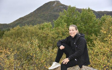 111 FJELLTOPPER: Stine Lindkvist Dahl besteg 111 fjelltopper i løpet av 111 dager. Nå er hun 15 kilo lettere enn hun var for noen måneder siden, og overlegen vinner av årets Feel24 Sommerkonkurranse.Foto: Eirik Eidissen