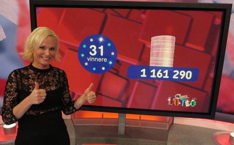 DELTE UT MILLIONER: Lotto-programleder Ingeborg Myhre.