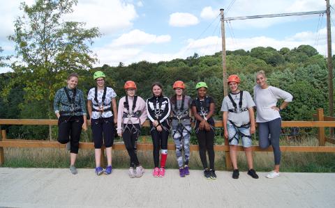 I Leeds besøkte vi Herd farm og fikk prøve oss på aktiviteter som zipline og en gigantisk huske